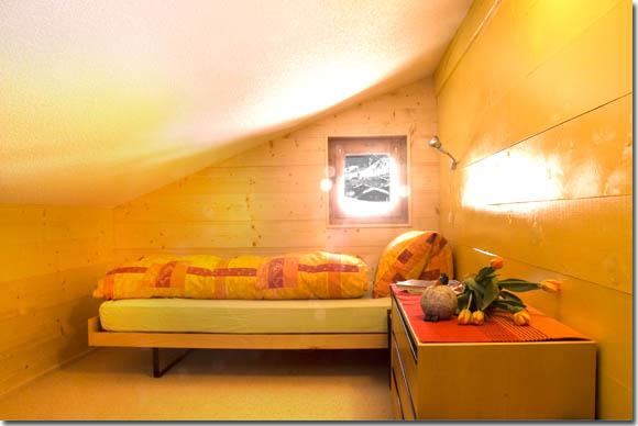 Schlafzimmergestaltung Mit Dachschrage ~ Kreative Deko ...